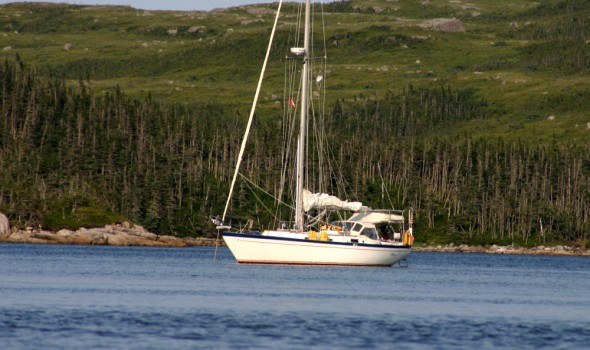 Mary T at anchor in Cinq Cerf Bay